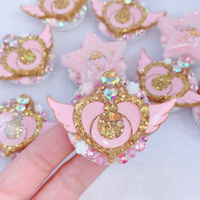Sailor Moon Crisis Heart Phone Grip