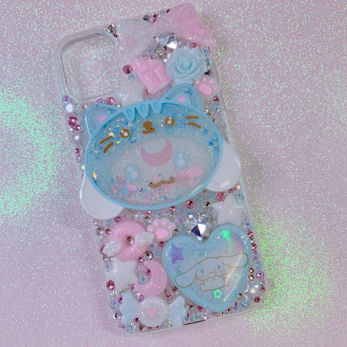 iPhone 11 Cinnamoroll Shaker Rhinestone Case